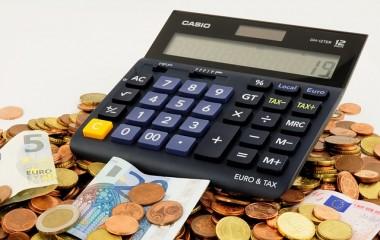 מה התנאים ללקיחת הלוואה לכיסוי חובות?